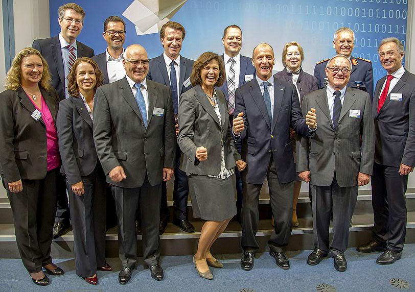 Startschuss für öffentlich-private Kooperation auf LBC